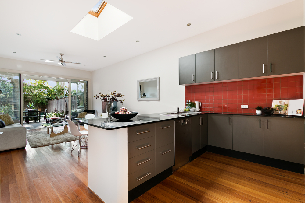 Seven low cost kitchen redos potential home buyers will for Low cost kitchens